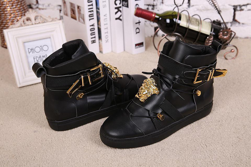 Versace men shoes. Size 40.5 - The Collection Outlet